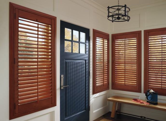 new-accent-hunter-douglas-wood-shutters-vancouver
