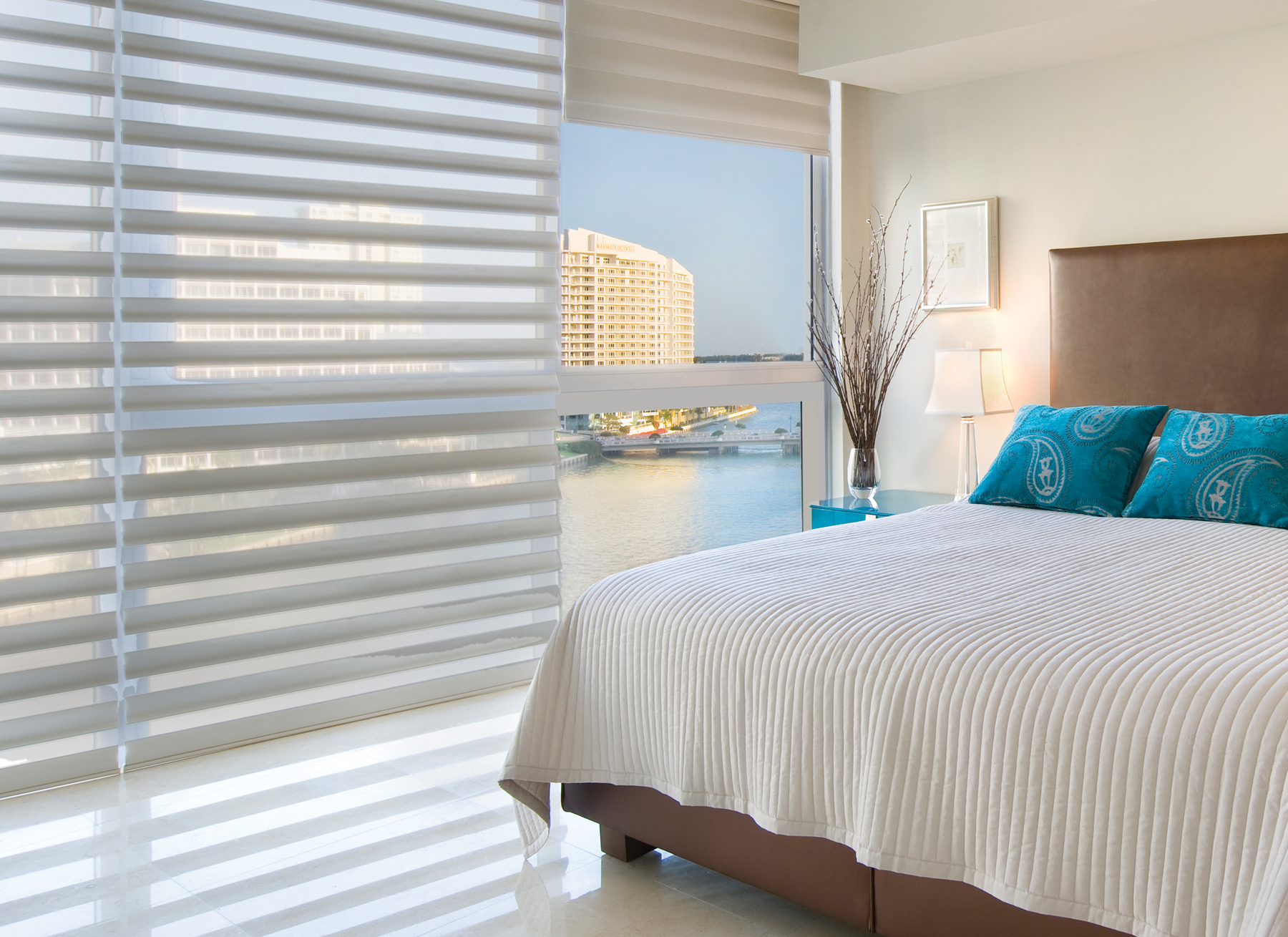 new-accent-alustra-pirouette-blinds-vancouver-02